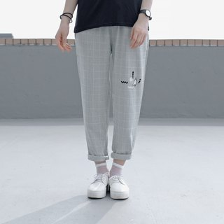 [Limited time free shipping] Mushrooms and small heads hide and seek - composition fine line plaid pants