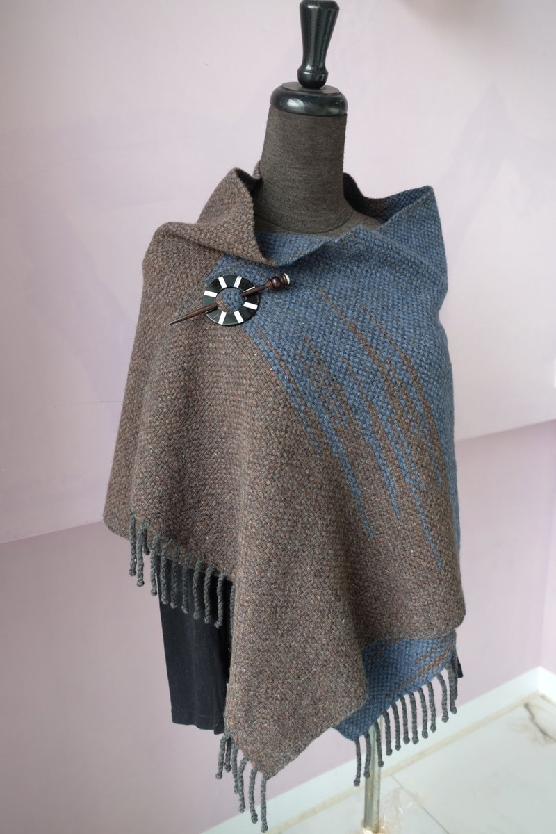 Handwoven by Carina | 90% Wool 10% Cashmere Shawl/ Wrap