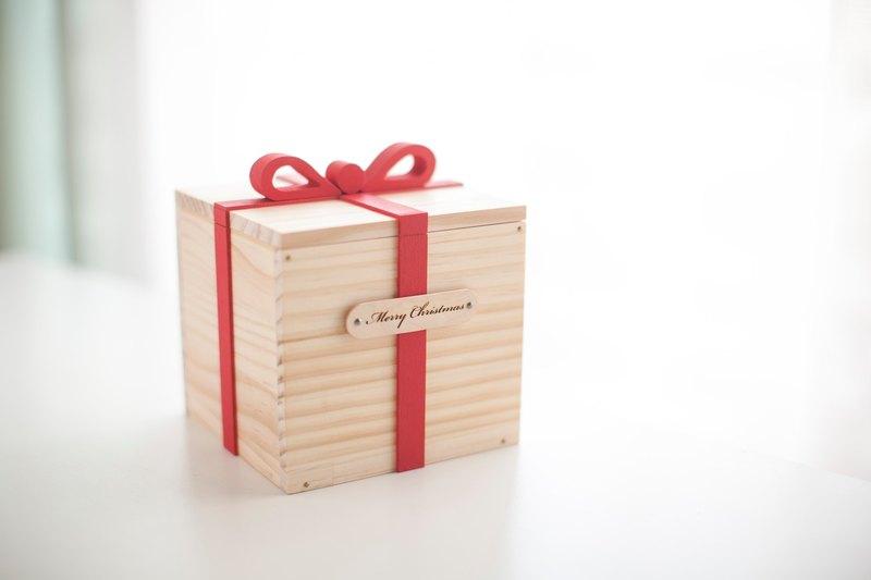 Customized Chinese Valentines Day Birthday Gifts Log Handmade Gift Box