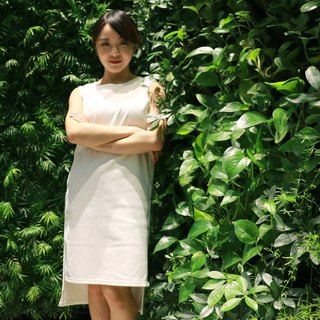 Xu Mu: Streamline thread Slim dress (white)