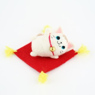 Lucky cat wool felting decoration