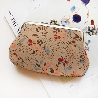 Woman 39 gold buns mother bag / purse [made in Taiwan]