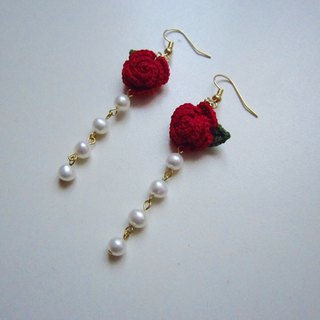 Red rose woven pearl earrings