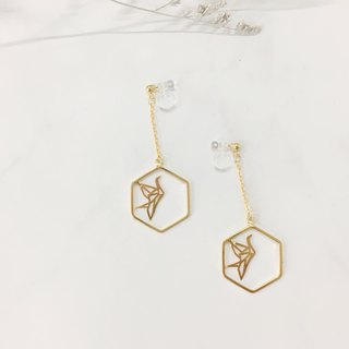 18K Gold Hexagon Hexagon Ear Clip - Hexagonal Paper Crane