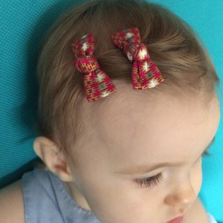 Batik pink hair clips (by two)