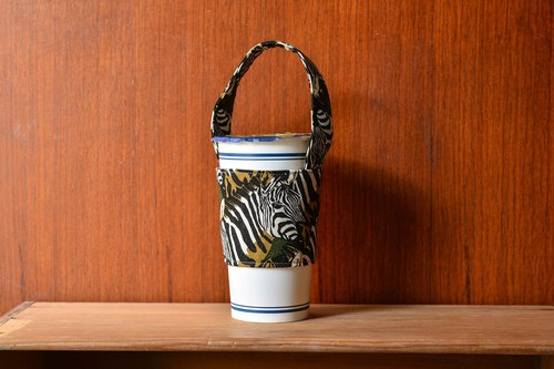 Zebra - green beverage bag