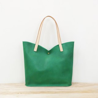 Green tulip leather shoulder bag elegant M plant tanning handle