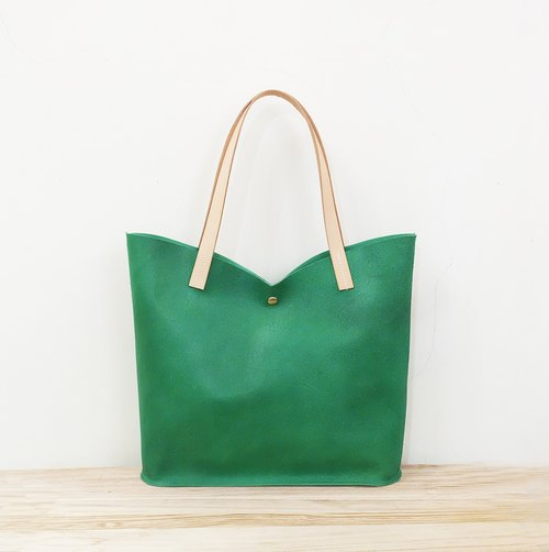 Green Tulip Cowhide Shoulder Bag Elegant M Green / Green Vegetable Tanned Leather