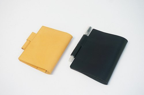 Minimalist vegetable tanned notebook sleeve notes leather cover