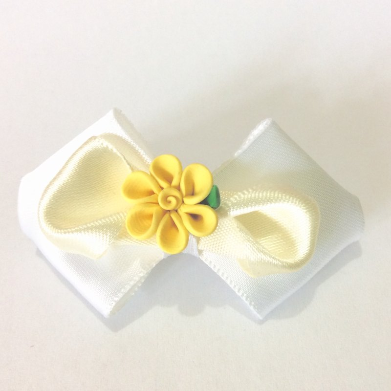 Kanzashi ribbon fimo clay flower bow hair clip yellow white hair accessories(つまみ細工)