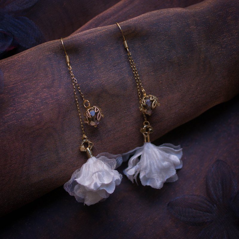 Epimelides | Vintage Double Chained Fabric Flower Earring with Bronze Bead