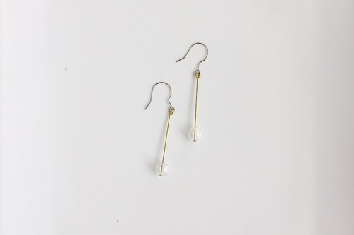 Small bubble simple brass glass earrings