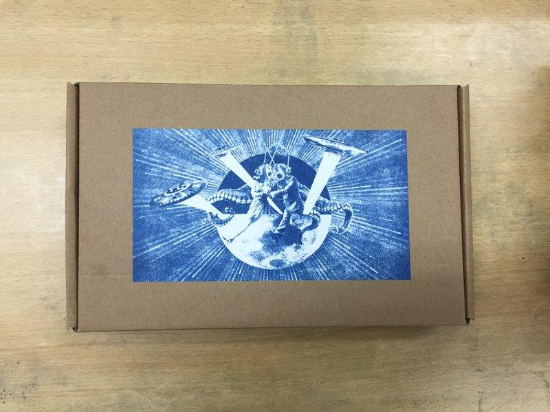 Stawreetelling X Blackcred 限量聯乘商品 藍曬科幻剪貼材料包