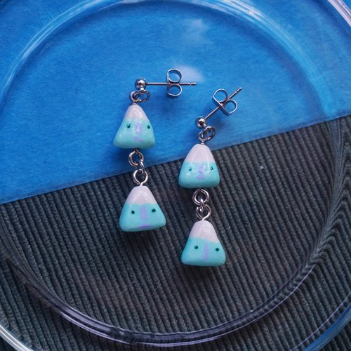 NEW / hachii Mint green string necklace earrings