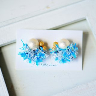 Fancy yarn Earrings and Clip-ons Sky blue