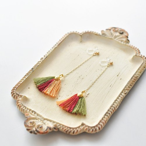 イヤリング/ Tassel earrings shell/ Autumn