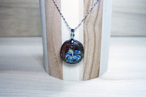 Strain painted blue hibiscus (Hibiscus) Silver pendant necklace