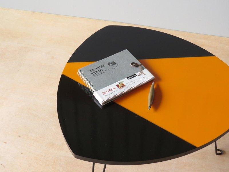 HO MOOD 解構系列—御飯糰 摺疊桌 限量版。