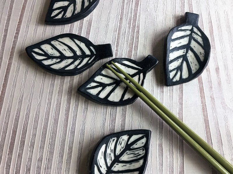 【Custom orders】 Yang carved series - leaf-shaped pottery chopsticks _ pottery chopsticks shelf
