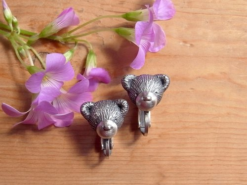 Teddy Bear-C--- Clip-on Earrings--Sterling Silver--Silver Tiny Bear