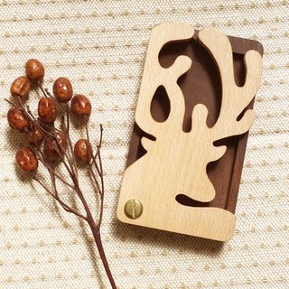 Log wood styling card case – cute reindeer