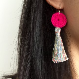Handmade tassel earrings  |  Candy pink  |  Crochet circle