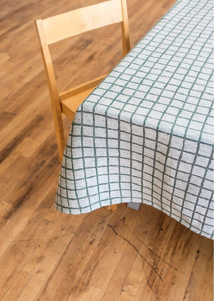 Nordic style design – tartan tablecloth, dark green (147X250cm) Rutig Tablecloth, Green