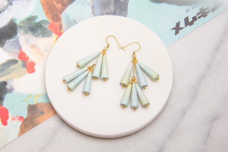 Mist double-layered awl earrings