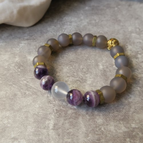 Fantasticity [Spirituality] Little handdrops Purple agate crystal. Pink crystal. Gray agate frosted. Brass. Custom neutral male and female single circle bracelet gift