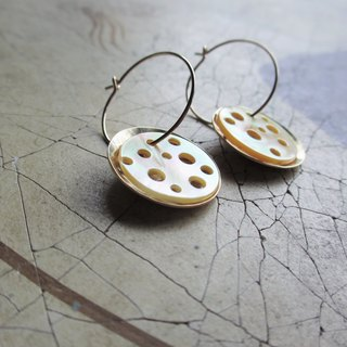 Dot white butterfly shell / K14GF hoop earrings