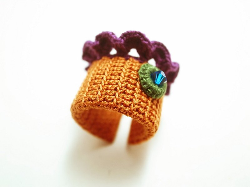 Crochet Lace Jewelry (Lace Fantasia 2-b) Crochet Ring Statement Ring Fiber Ring