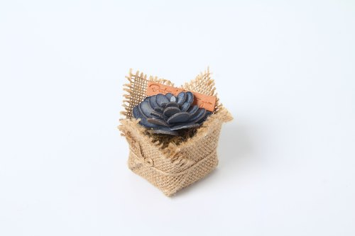 MINI handmade leather succulents / desk ornaments / Valentine's Day gifts