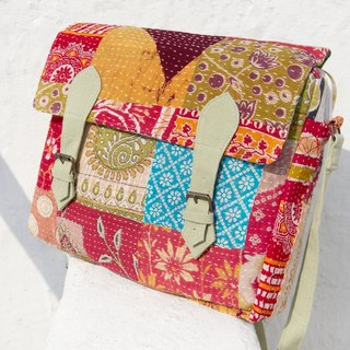 Valentine's Day gift ideas Sew yarn Li Bu side backpack / shoulder bag embroidery / embroidery messenger bag / hand-stitched saris line messenger bag / backpack stitching yarn Li Bu - Forest Flowers + national totem (limit one)