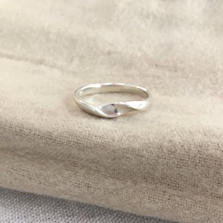 LIM - S wave Streamline Silver Ring Women's Ring