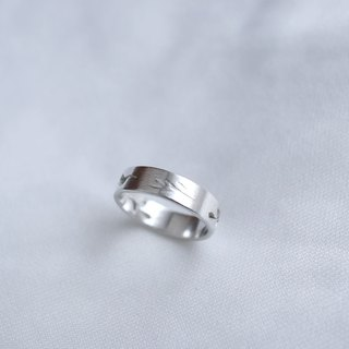 Ni.kou sterling silver grass carving ring