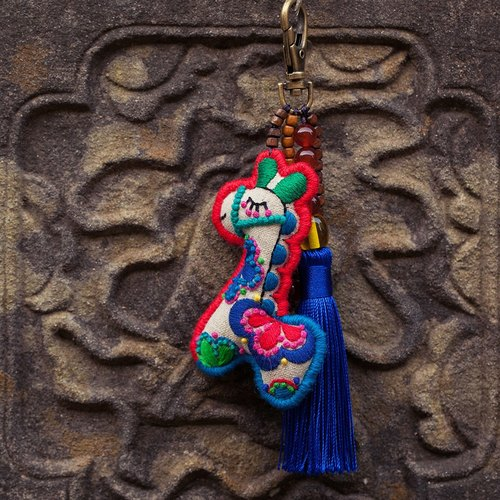 Moe Pony | Zodiac Zodiac I am a horse original handmade embroidery pendant pendant key ring agate turquoise glass beads copper bells handmade fringe new Chinese original creative creative ancient Chinese style sent to the elders send parents to send childr