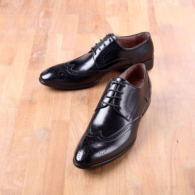 Vanger handmade winged carved tipped Derby shoe Va226 black