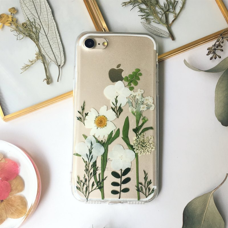 Lakeside:: Dry flower embossed phone case