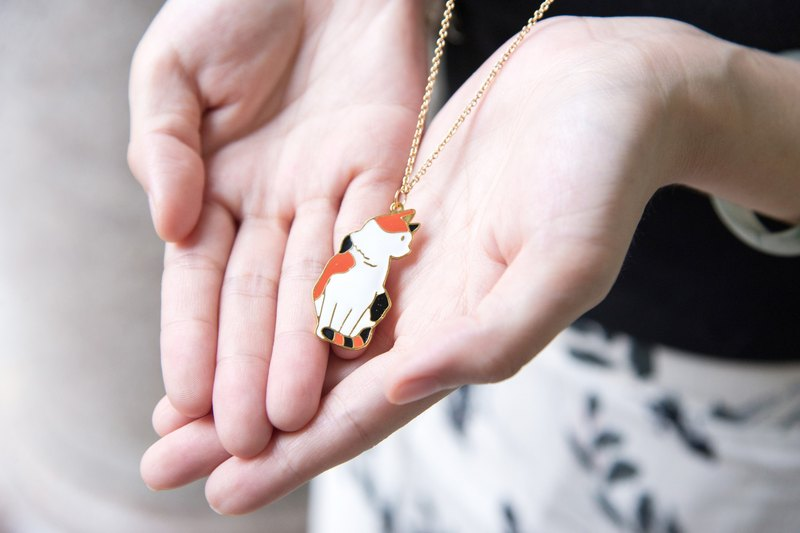 Cat's revenge | Hand made clavicle chain