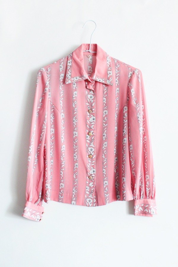 [] Early autumn RE0803T1542 complex Gu Pupu wind pink flowers vintage shirt