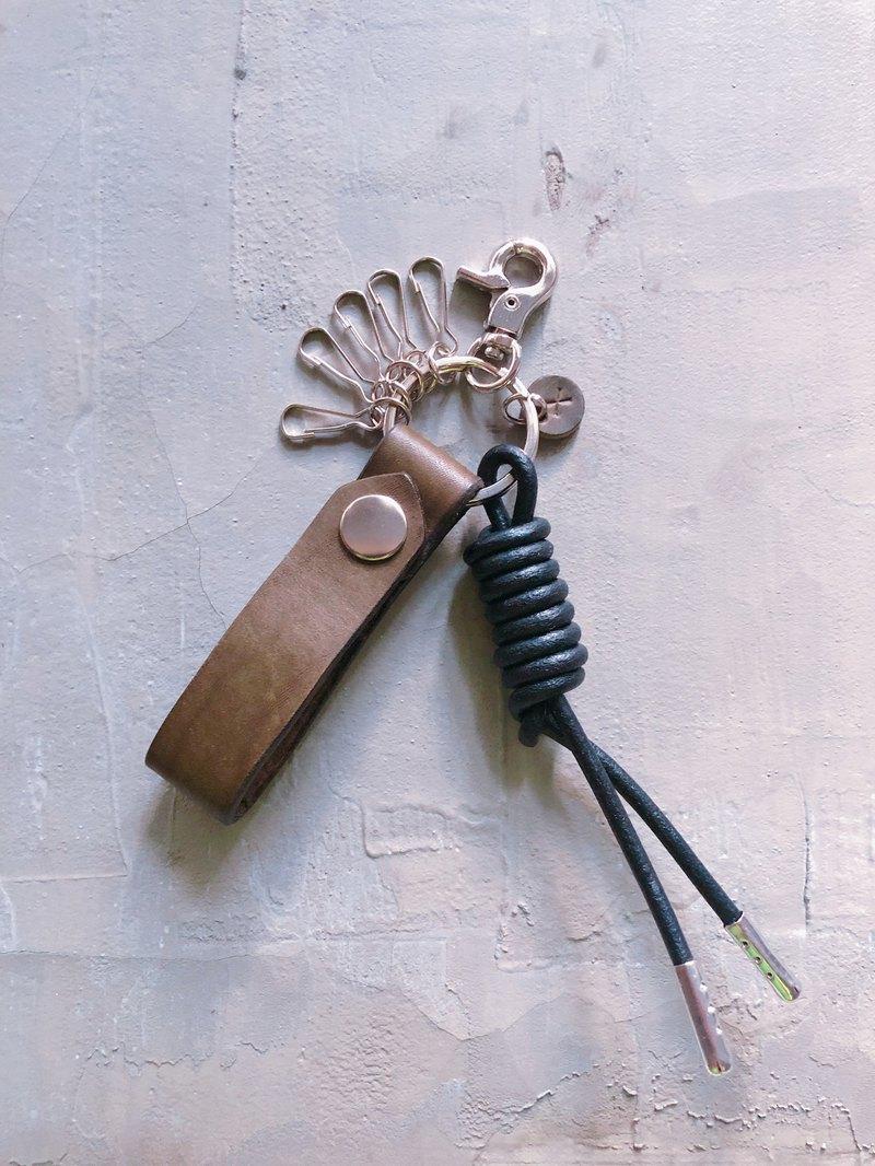 皮革繩結鑰匙圈