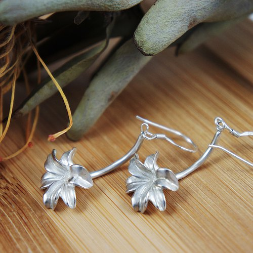 [Wonder] Taiwan Wild Lily Silver Earrings