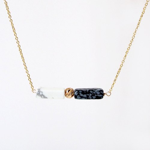 Minimalist black and white · white turquoise snow stone · 14K package gold beads · gold-plated necklace (45cm / 18 inch) gift