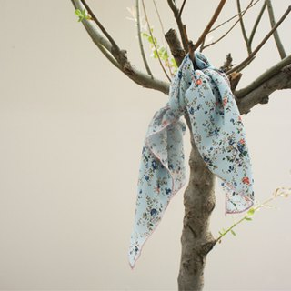 Because of the retro so good floral scarves - Sky Blue