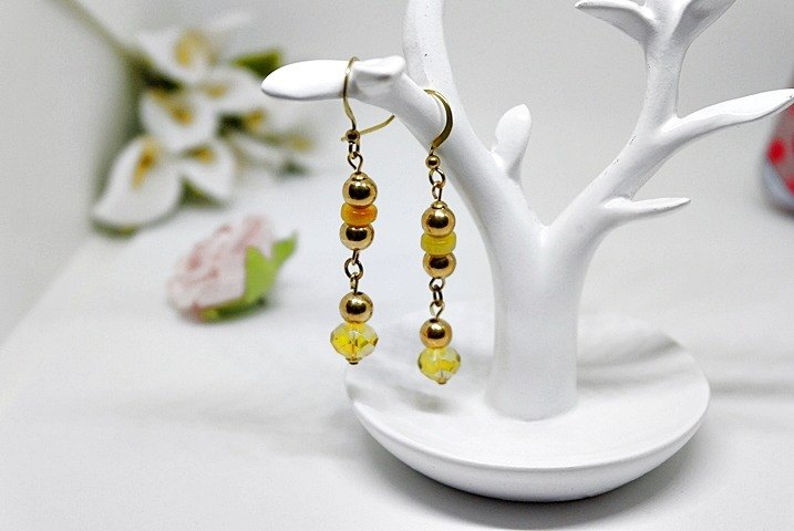 * Natural stone yellow brass X Dream * - hook earrings