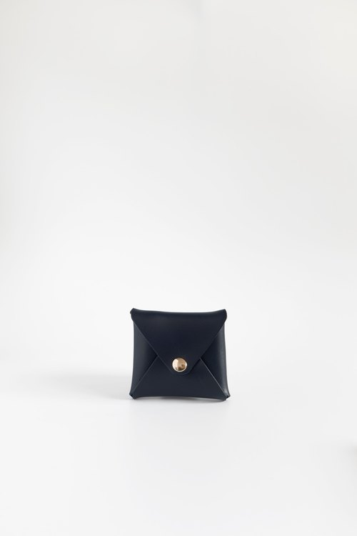 Warren Coin Pouch in Caviar