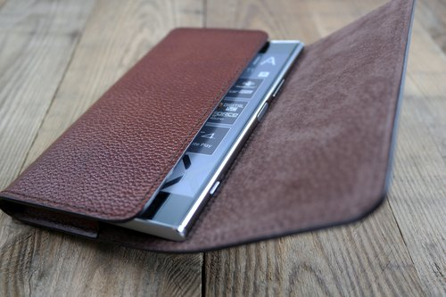 APEE Leather Handmade ~ Mobile Phone Case ~ Horizontal Magnetic Button Handle ~ Lychee Black Brown ~ Sony XZ Premium