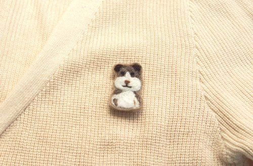 Terrier dog / Bulldog wool Embroidery illustration pin(1P)