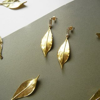 *coucoubird*twisted leaf square diamond earrings
