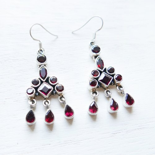 (Limited) Self | garnet handmade 925 sterling silver earrings natural stone